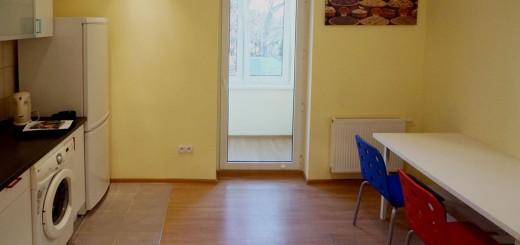 zdjęcie przedstawia jeden z pokoi w mieszkaniu na sprzedaż