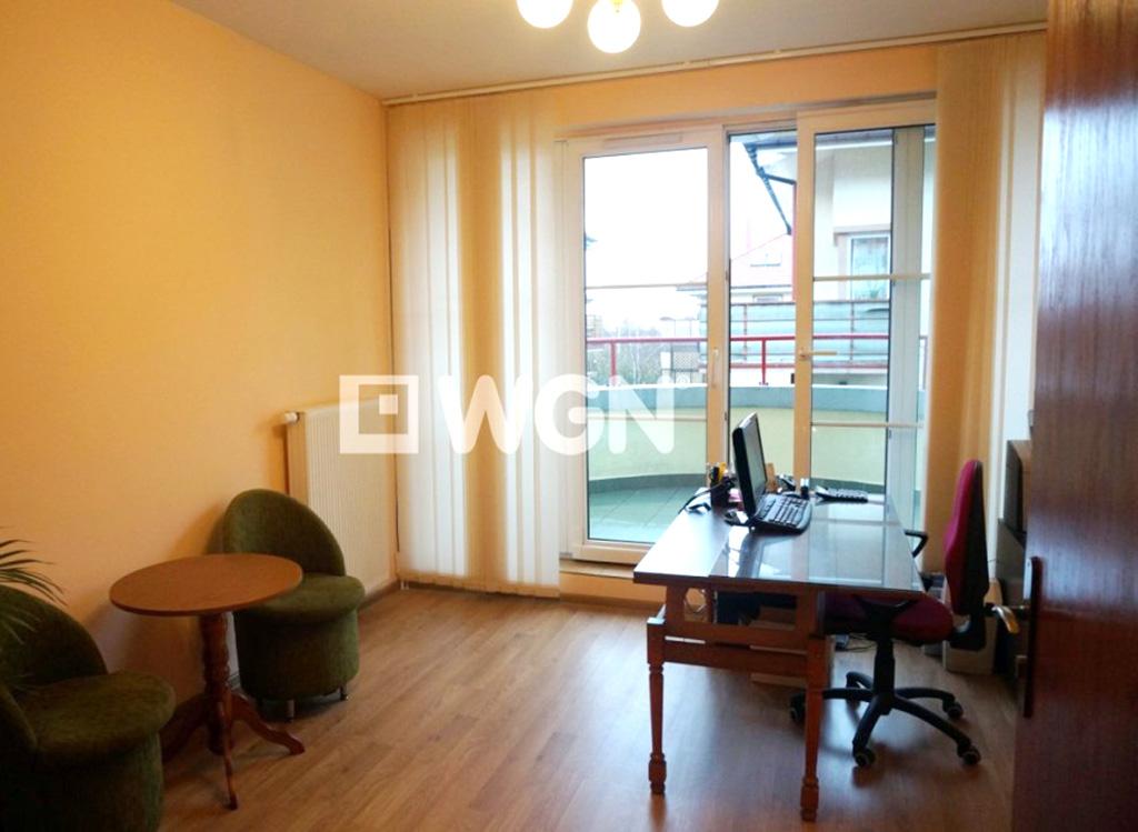 na zdjęciu salon w mieszkaniu na Krzykach, Wrocław