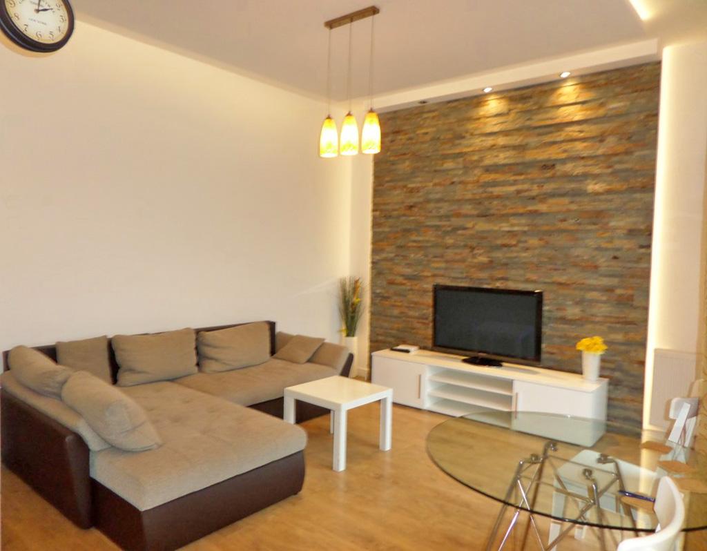 luksusowy salon w mieszkaniu na wynajem, Wrocław