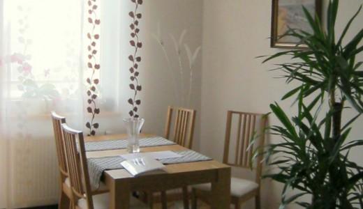 na zdjęciu salon mieszkania na sprzedaż we Wrocławiu, Fabryczna