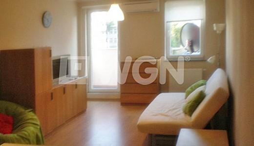 zdjęcie przedstawia salon w mieszkaniu do wynajęcia we Wrocławiu na Krzykach