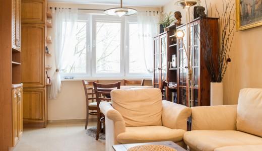 salon w mieszkaniu na wynajem we Wrocławiu, dzielnica Krzyki