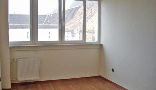 zdjęcie przedstawia wnętrze mieszkania na sprzedaż we Wrocławiu, Stare Miasto