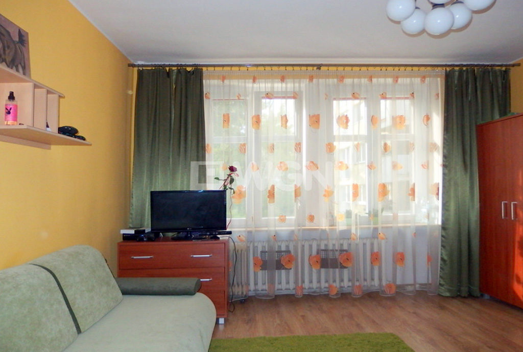 zdjęcie prezentuje jeden z pokoi w mieszkaniu do sprzedaży we Wrocławiu