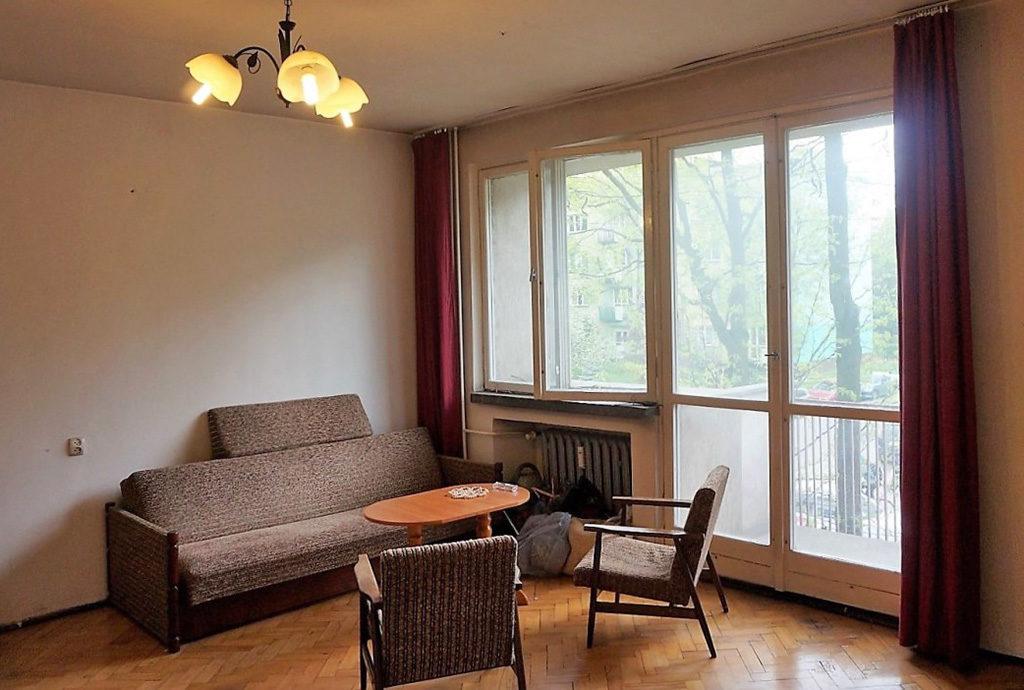 prestiżowy salon w mieszkaniu do sprzedaży we Wrocławiu