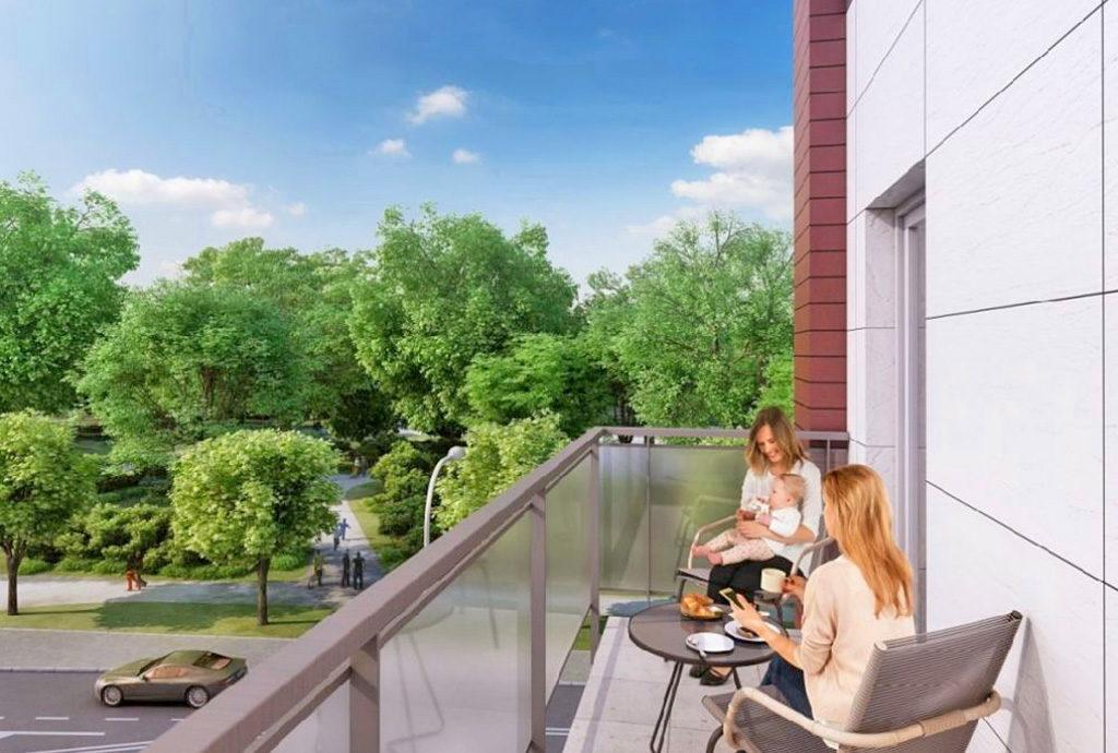 taras z imponującym widokiem na zieleń przy mieszkaniu do sprzedaży we Wrocławiu