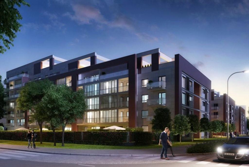 zdjęcie nocne prezentujące budynek we Wrocławiu Fabryczna, w którym mieści się oferowane mieszkanie do sprzedaży