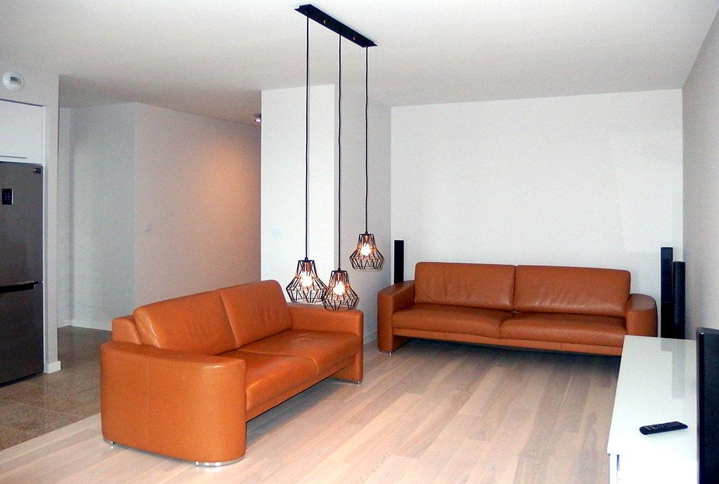 salon w mieszkaniu do wynajmu we Wrocławiu