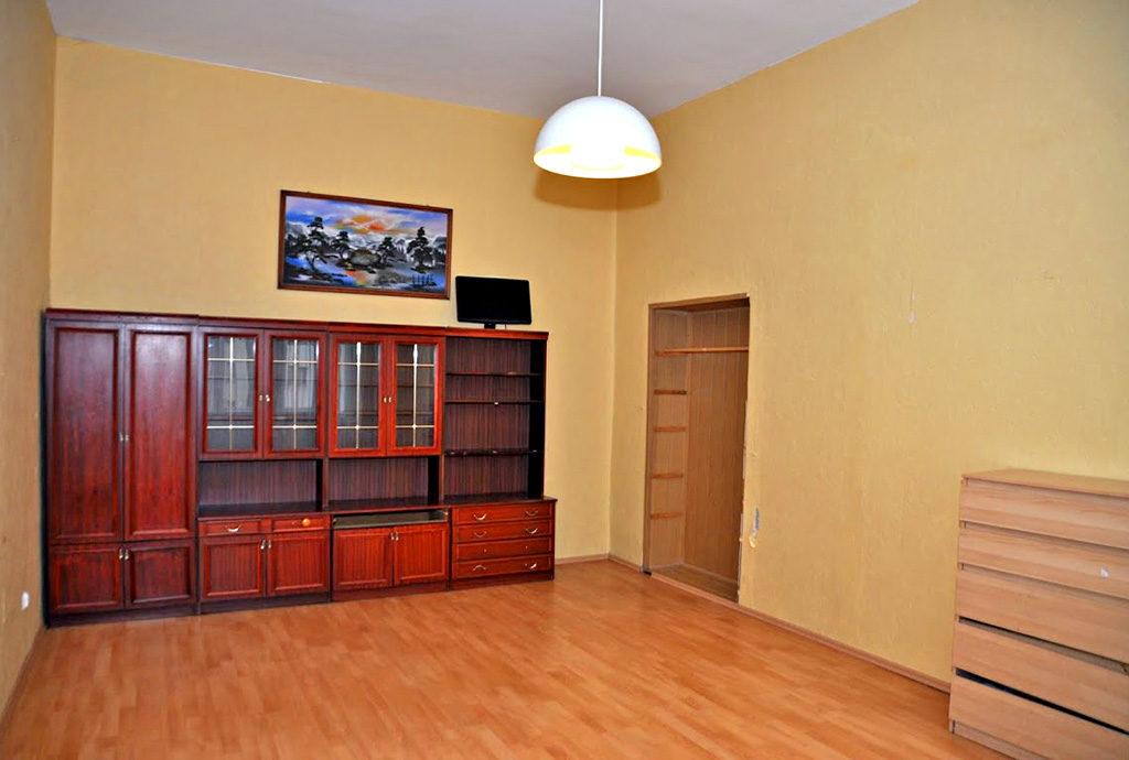 jedne z prestiżowych pokoi w mieszkaniu we Wrocławiu (okolice) na sprzedaż