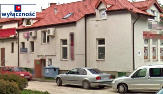 na zdjęciu budynek we Wrocławiu Fabryczna , w którym znajduje się oferowane mieszkanie na sprzedaż