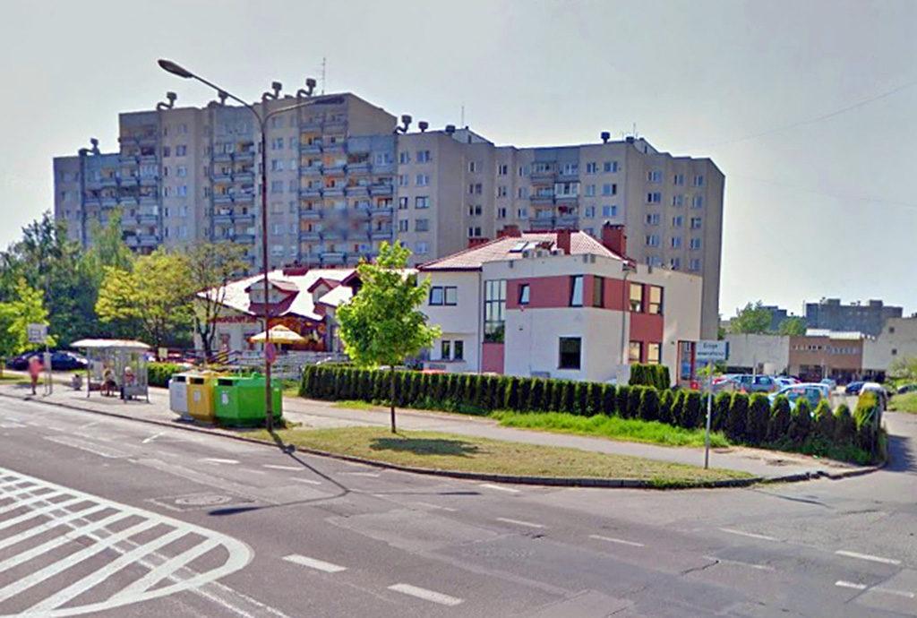 widok na osiedle na sprzedaż, gdzie mieści się oferowane do sprzedaży mieszkanie