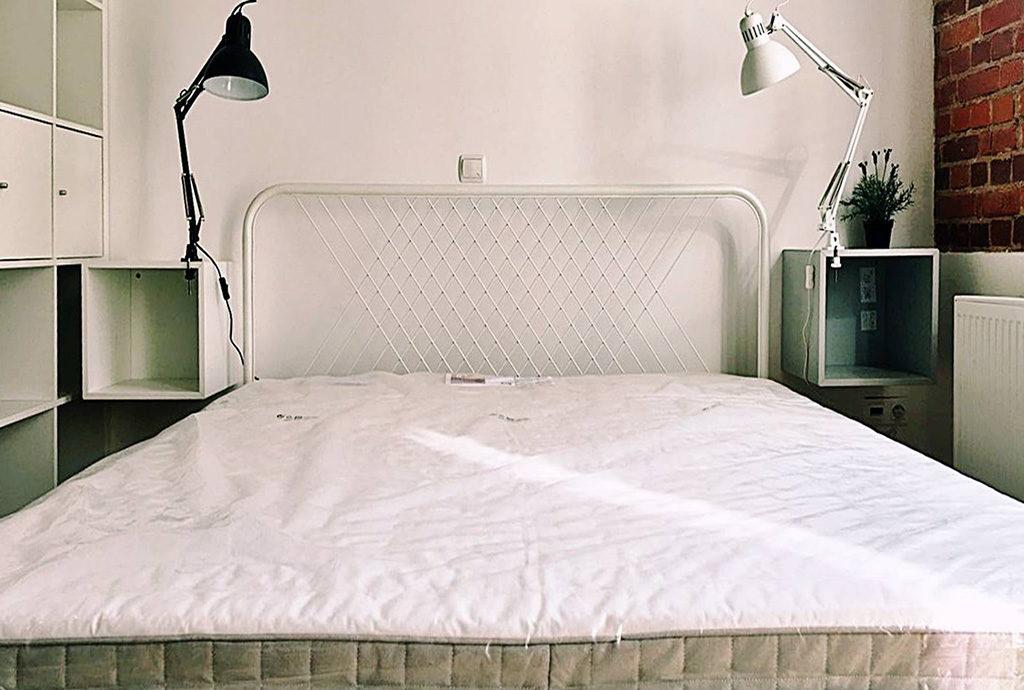 prywatna, zaciszna sypialnia w mieszkaniu Wrocław Centrum na wynajem