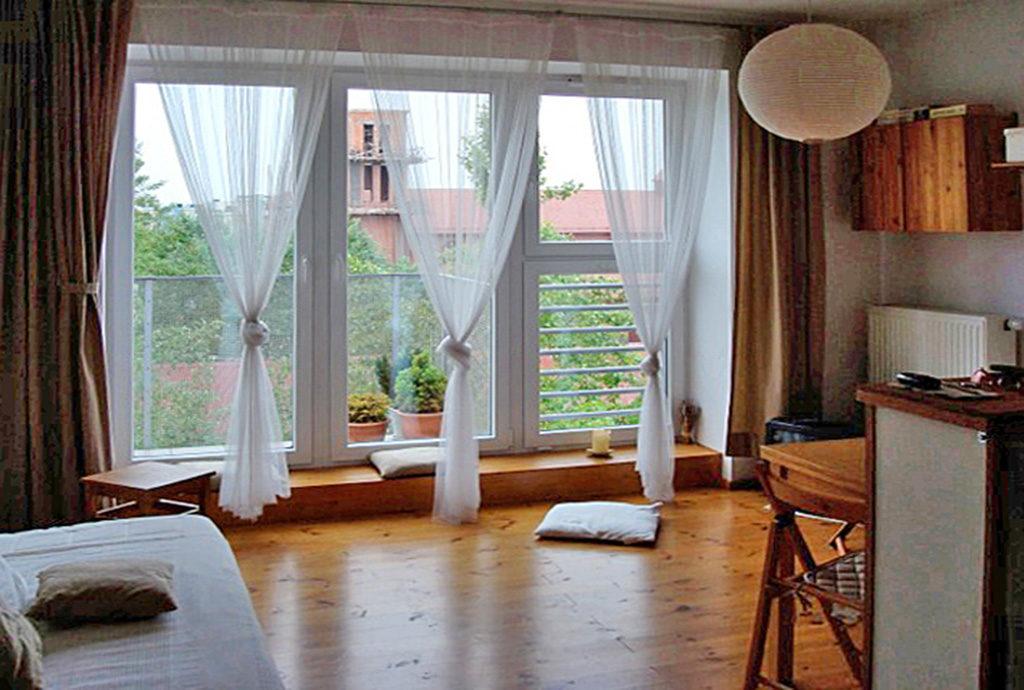 komfortowy salon w mieszkaniu Wrocław Fabryczna na sprzedaż