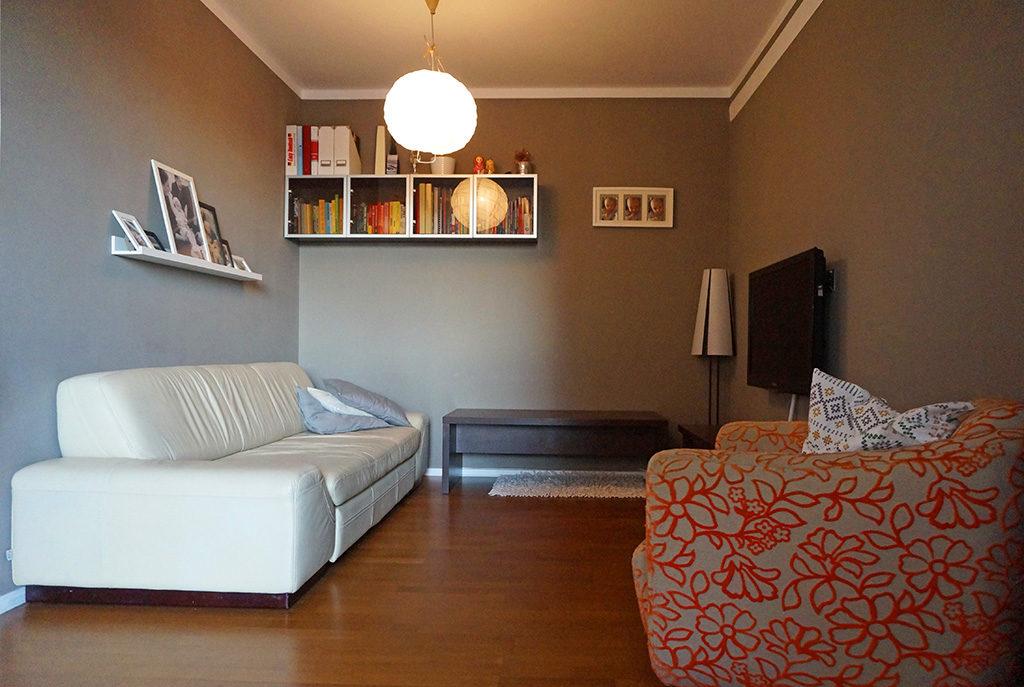 nowoczesny salon w mieszkaniu Wrocław Fabryczna na wynajem