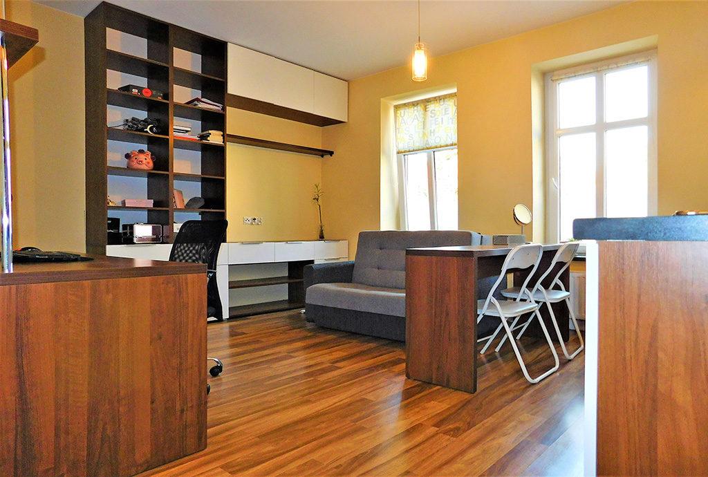 widok na komfortowe wnętrze mieszkania Wrocław Krzyki do sprzedaży