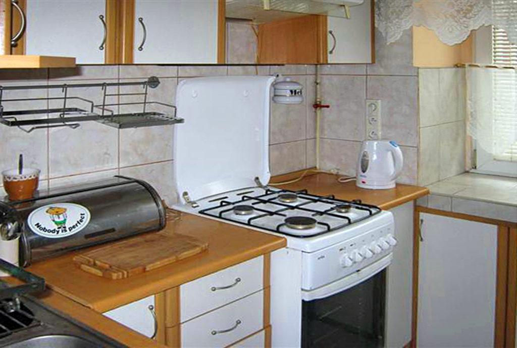 kuchnia w dobrym standardzie w mieszkaniu do sprzedaży Wrocław Stare Miasto