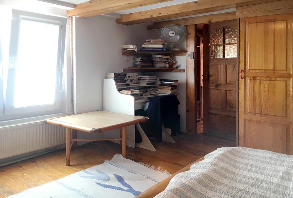 widok na gabinet i sypialnię w mieszkaniu do sprzedaży Wrocław Stare Miasto