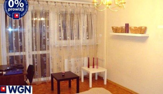 na zdjęciu salon w mieszkaniu na sprzedaż Wrocław Stare Miasto