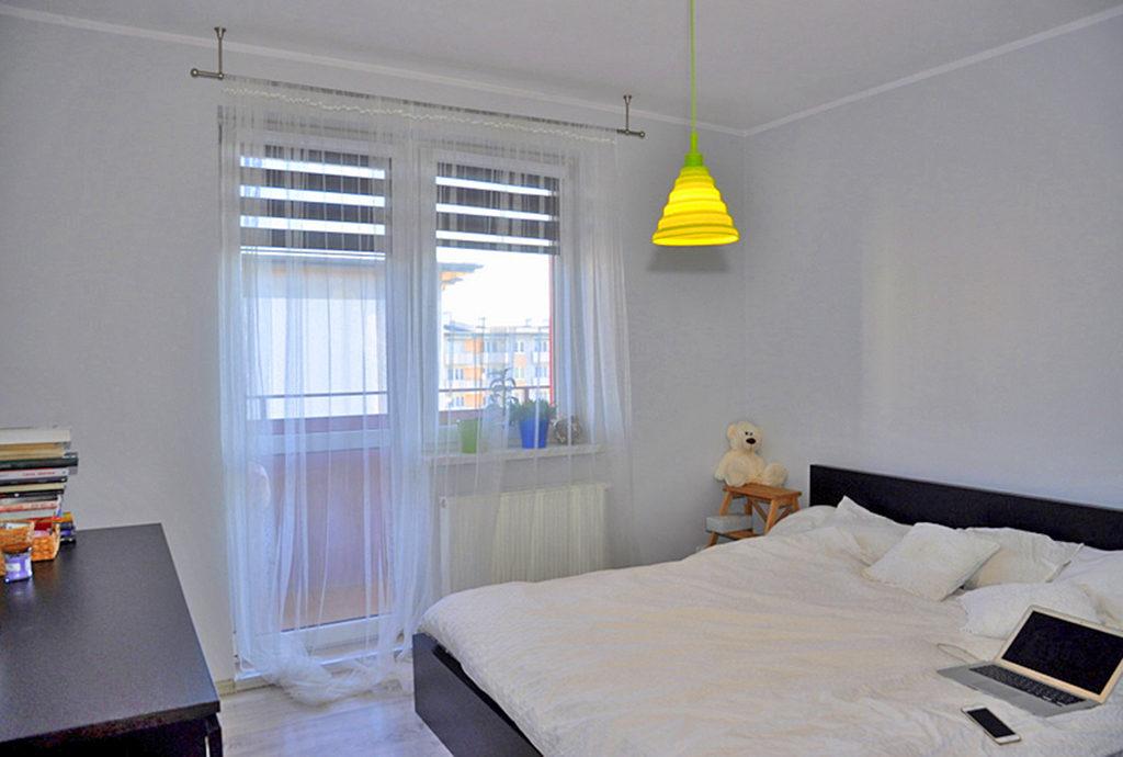 zaciszna, prywatna sypialnia w mieszkaniu do sprzedaży Wrocław (okolice)