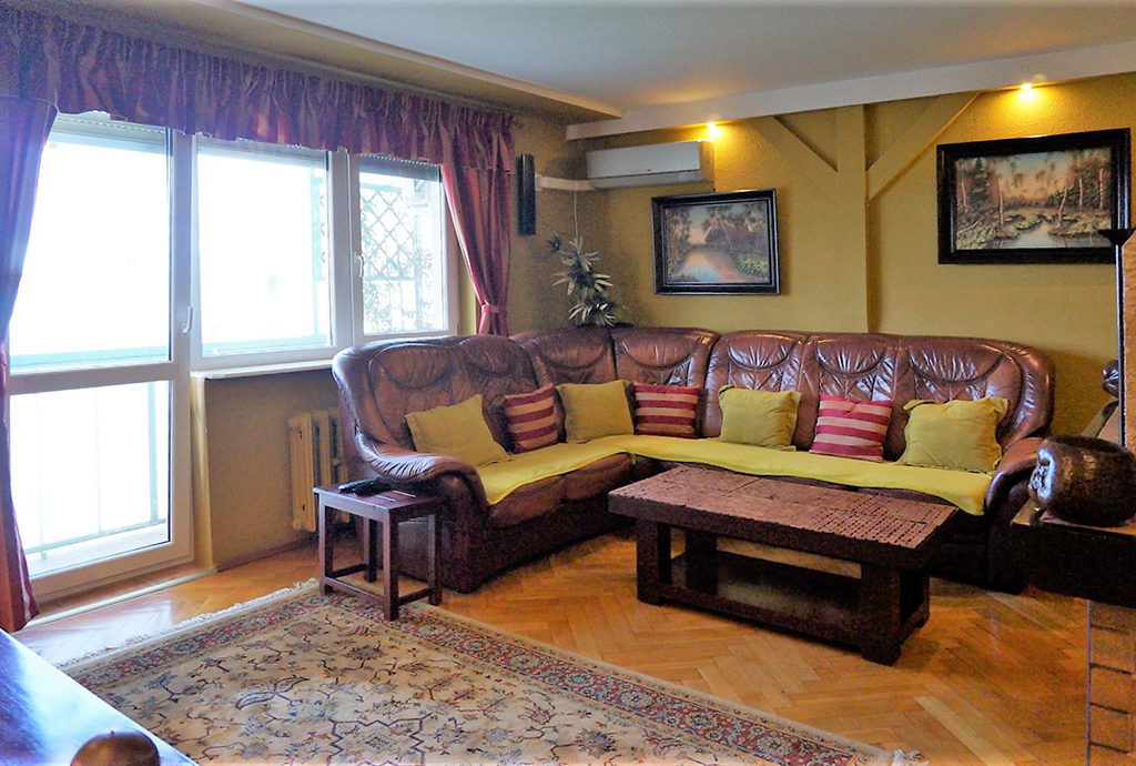 ekskluzywny pokój dzienny w mieszkaniu do sprzedaży Wrocław Fabryczna