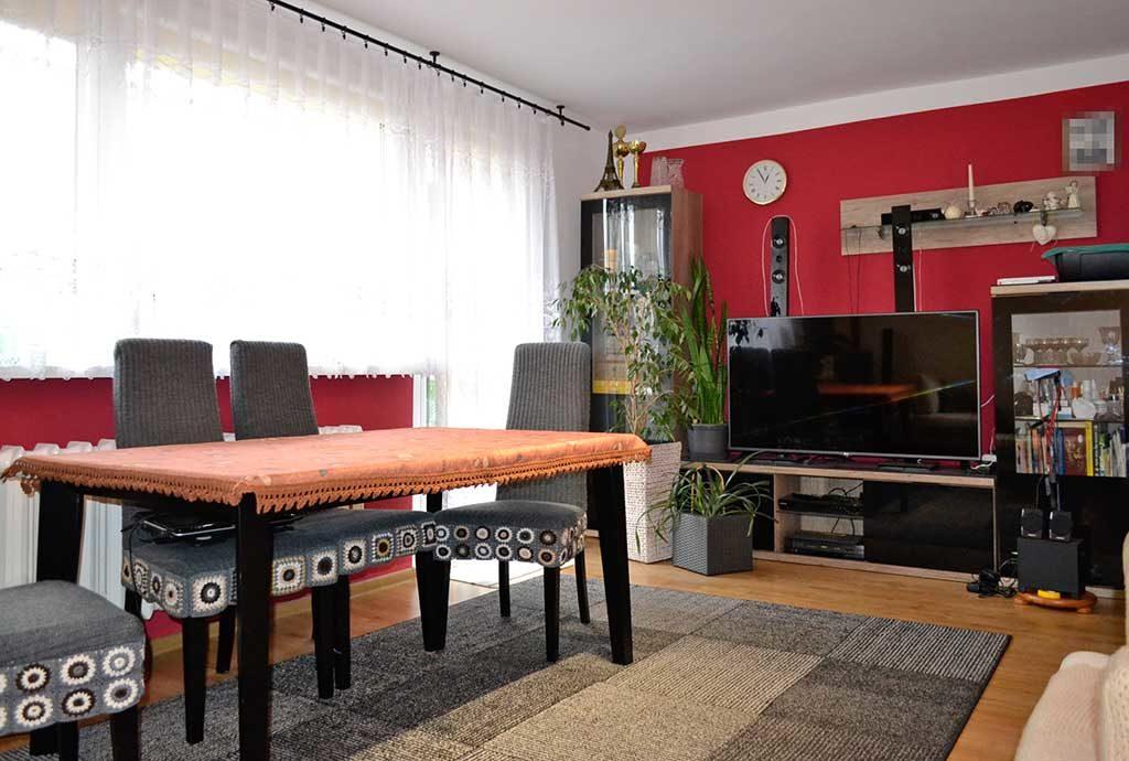 luksusowy salon w mieszkaniu na sprzedaż Wrocław (okolice)