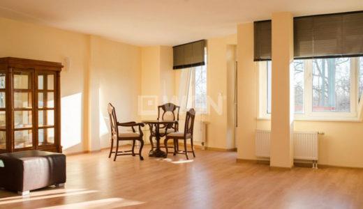 salon w stylu klasycznym w mieszkaniu do wynajęcia Wrocław Śródmieście