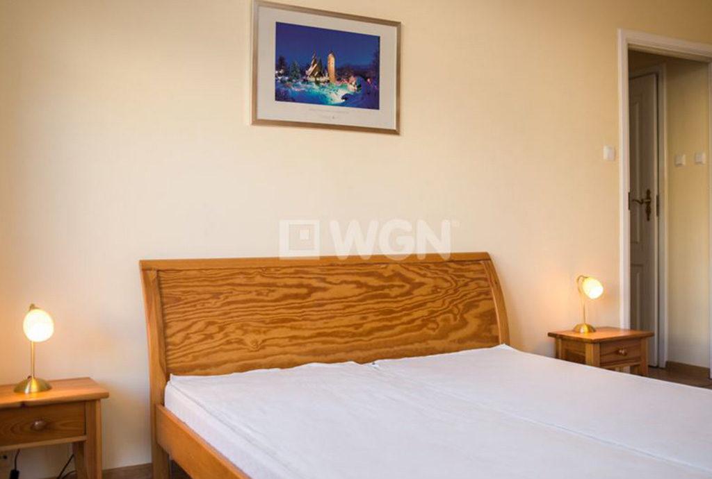 zaciszna, prywatna sypialnia w mieszkaniu na wynajem Wrocław Śródmieście