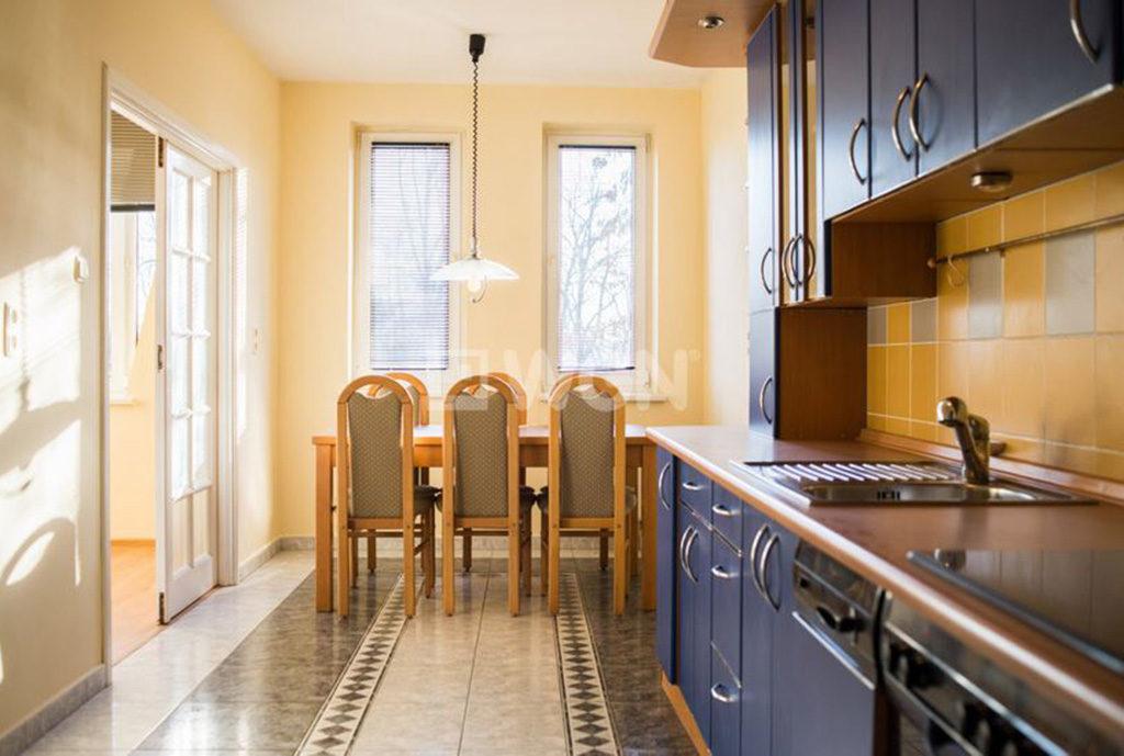 fragment kuchni w mieszkaniu do wynajmu Wrocław Śródmieście