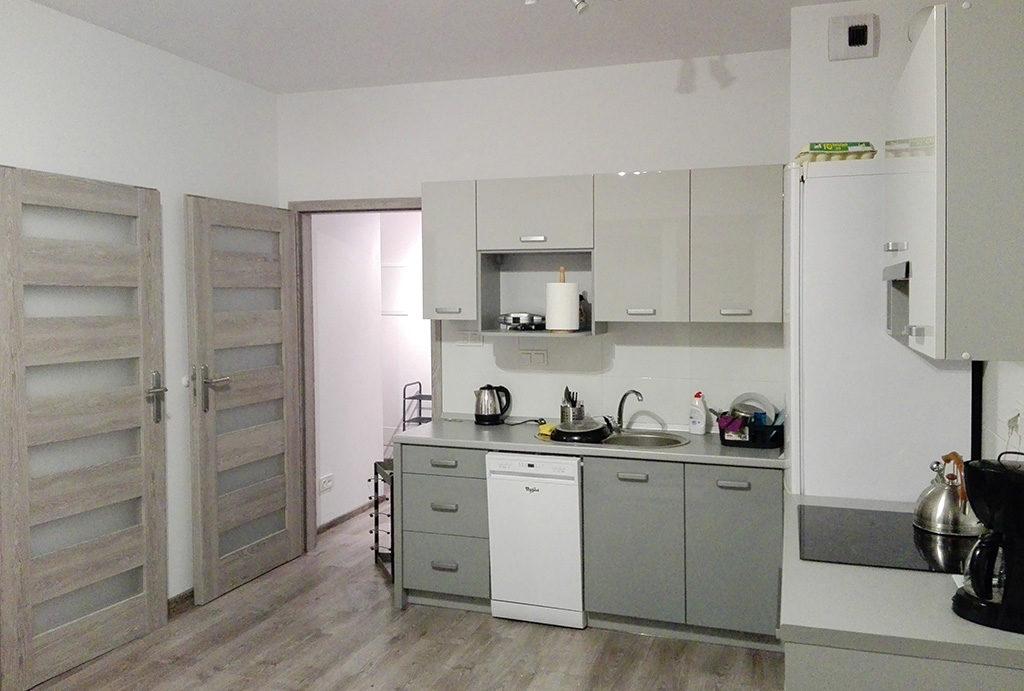 nowoczesna kuchnia w mieszkaniu do sprzedaży Wrocław Krzyki