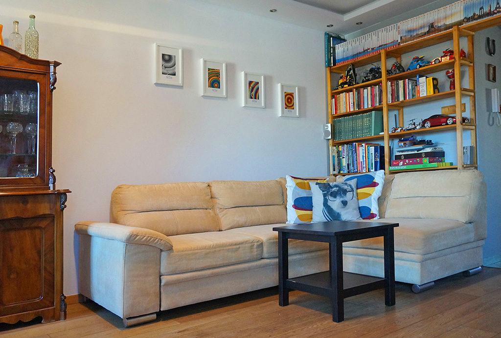 komfortowy salon w mieszkaniu na sprzedaż Wrocław Fabryczna