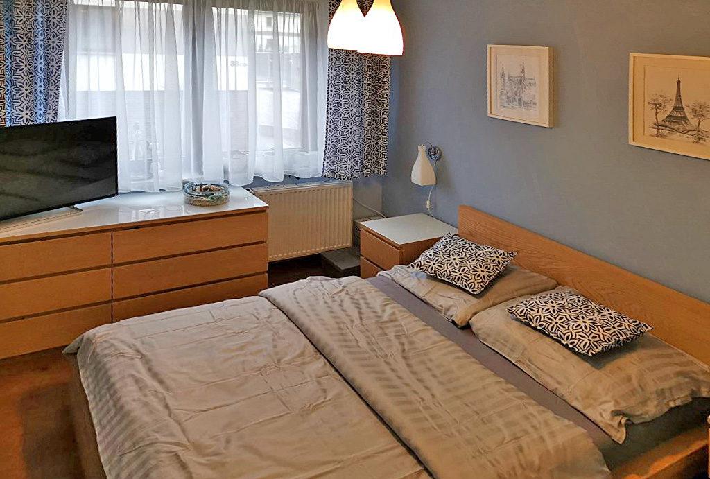 fragment sypialni w mieszkaniu na wynajem Wrocław Fabryczna