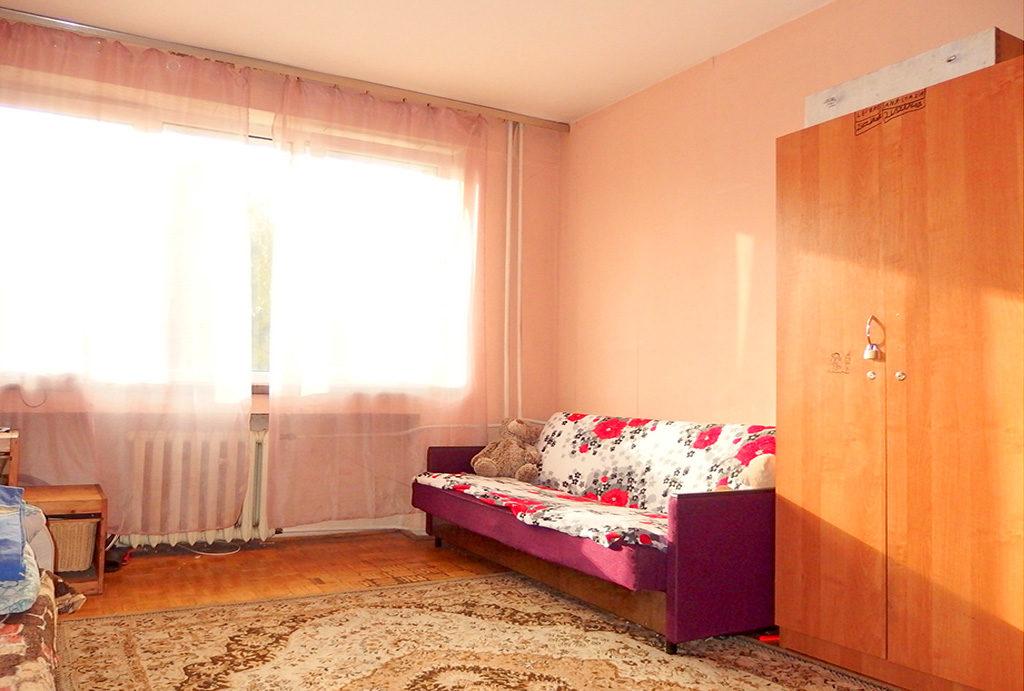 komfortowy salon znajdujący się w mieszkaniu na sprzedaż Wrocław Krzyki