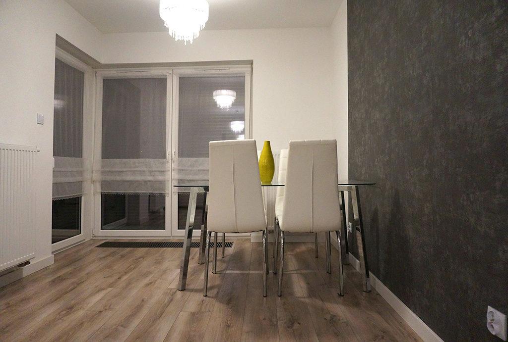widok na jadalnię w mieszkaniu do wynajmu Wrocław Krzyki