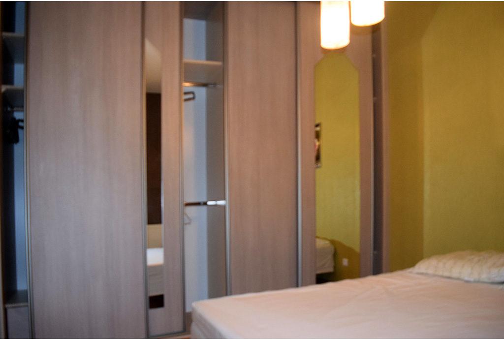 luksusowo zaprojektowane wnętrze mieszkania na sprzedaż Wrocław (okolice)