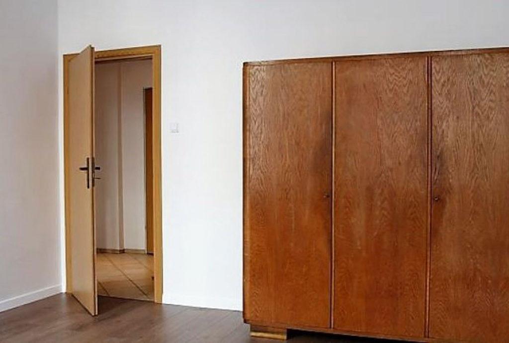 fragment salonu w mieszkaniu na sprzedaż Wrocław Śródmieście