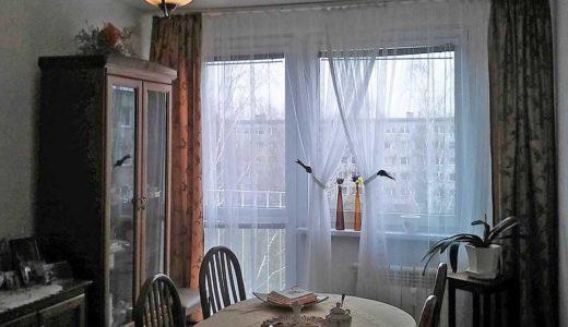 urządzony w stylu klasycznym salon w mieszkaniu do sprzedaży Wrocław Psie Pole