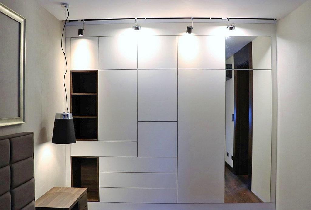 praktyczna garderoba w mieszkaniu na sprzedaż Wrocław Psie Pole