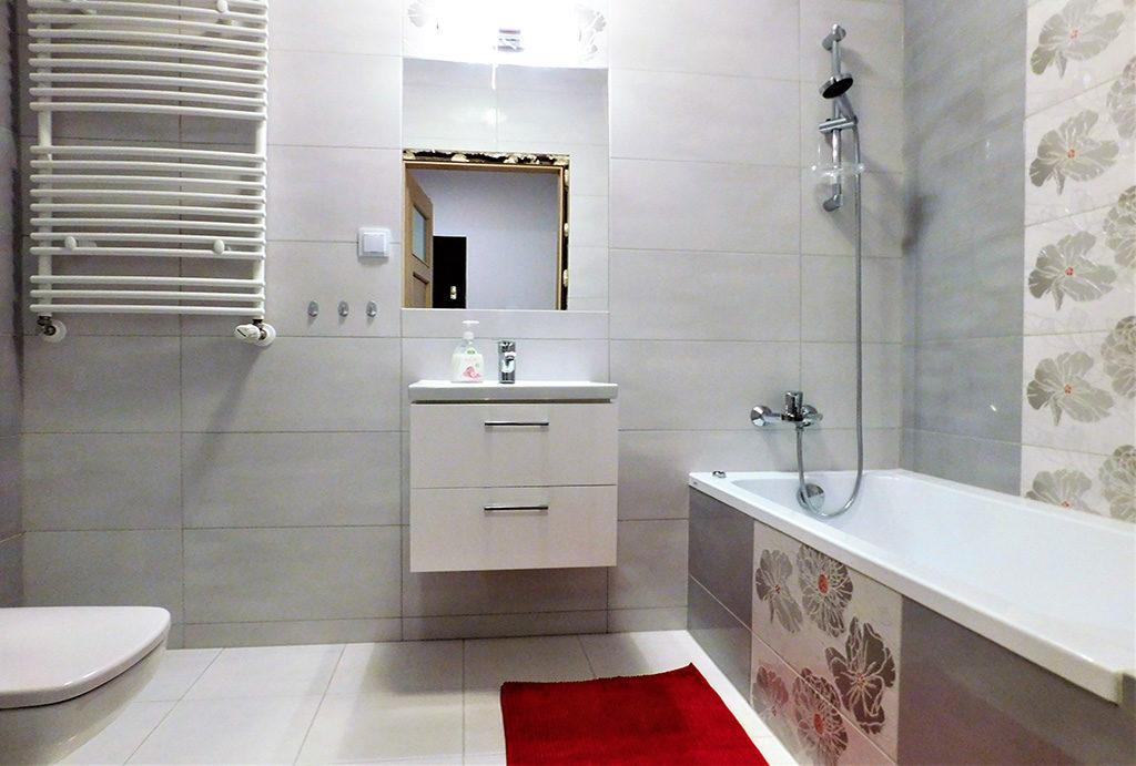 elegancka, prywatna łazienka w mieszkaniu na wynajem Wrocław okolice