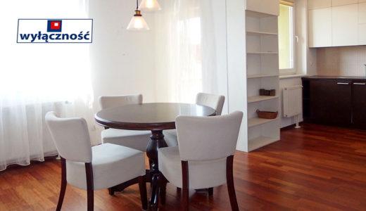 komfortowy salon w mieszkaniu do sprzedaży Wrocław Fabryczna