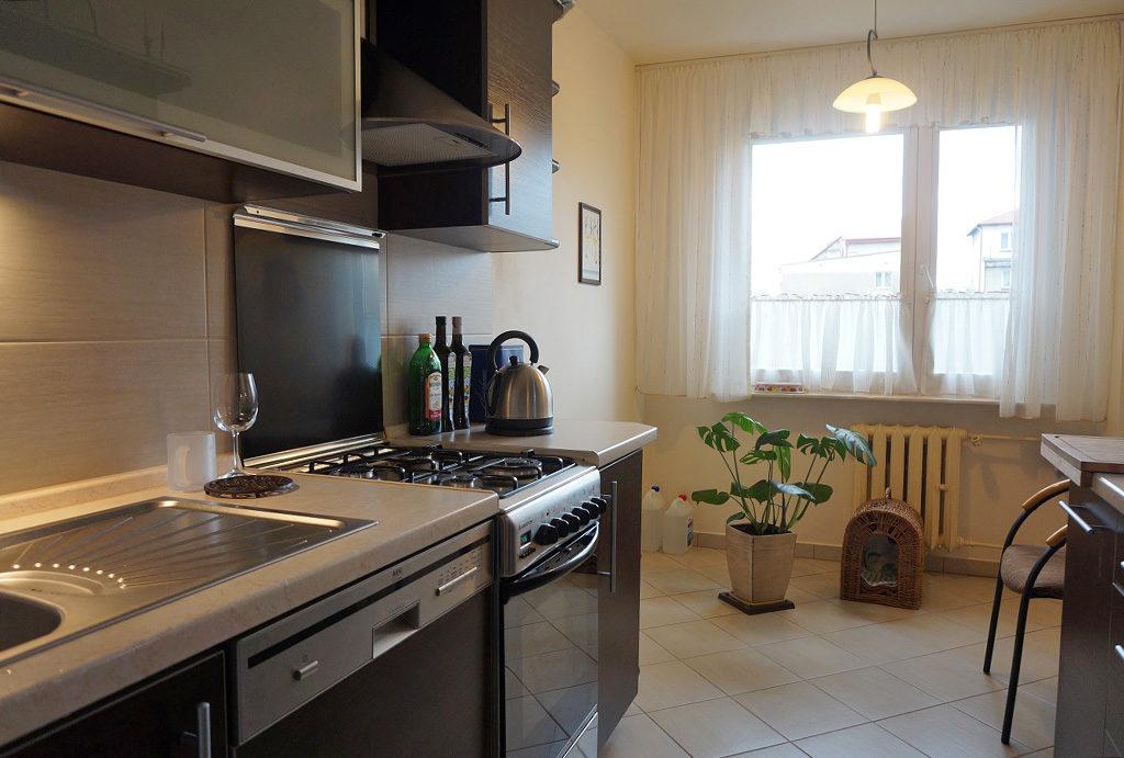 zabudowana kuchnia w mieszkaniu na sprzedaż Wrocław Fabryczna