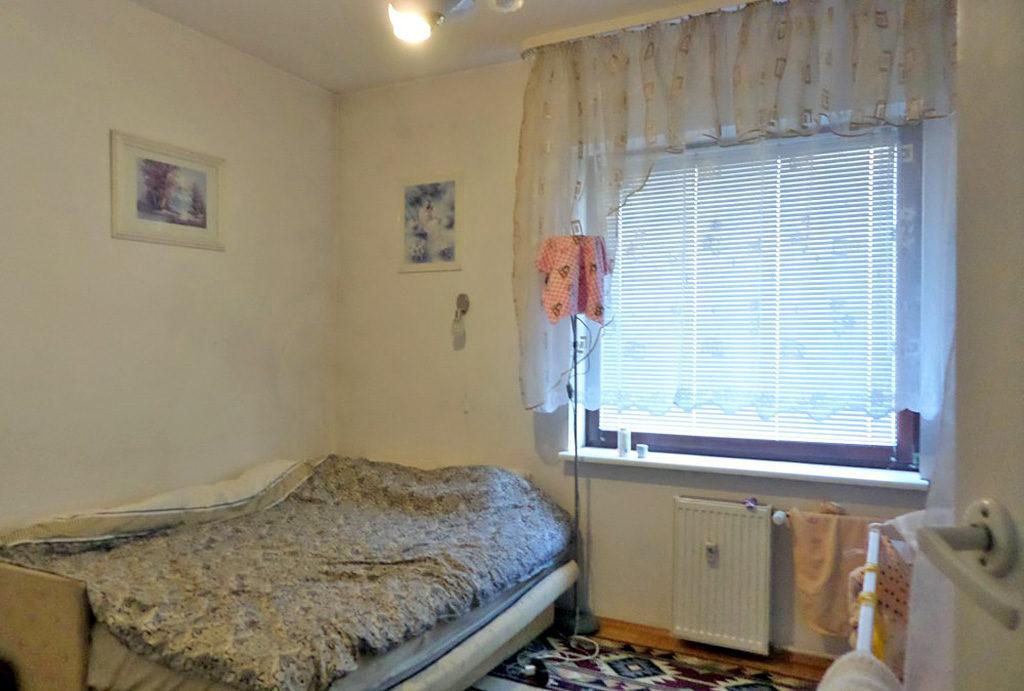 widok na sypialnię w mieszkaniu do sprzedaży Wrocław Krzyki