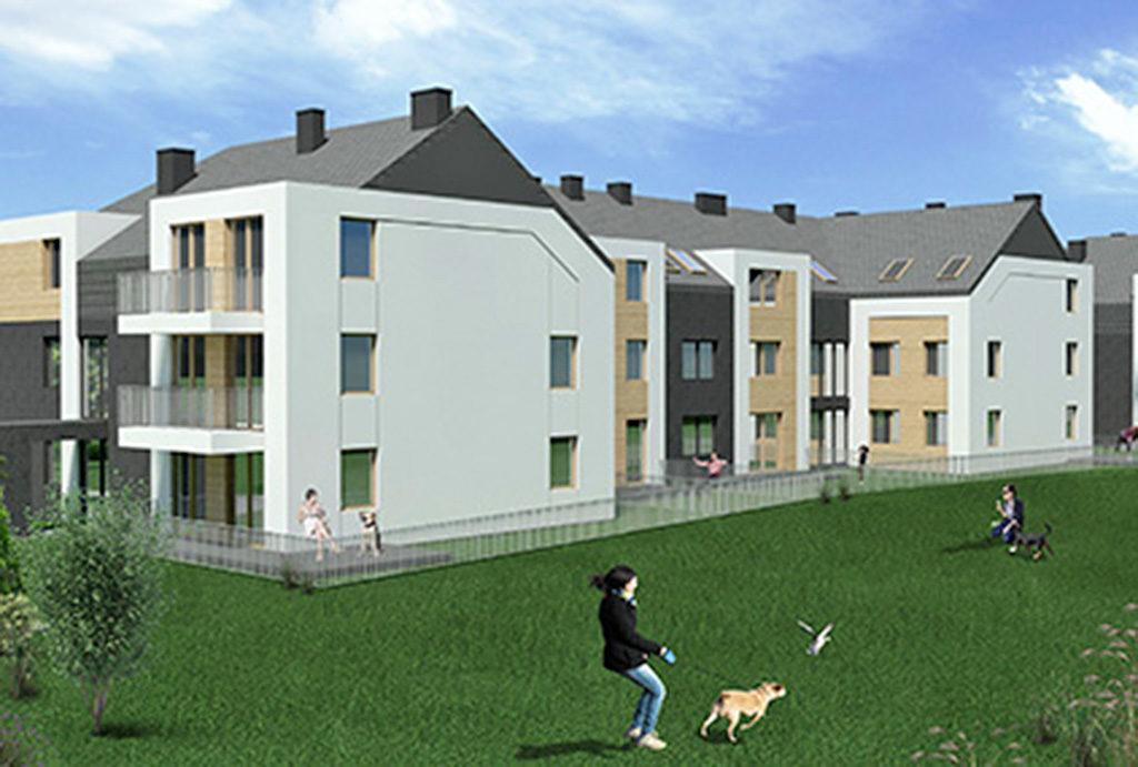 widok z drugiej strony budynku, w którym mieści się oferowane do sprzedaży mieszkanie Wrocław (okolice)