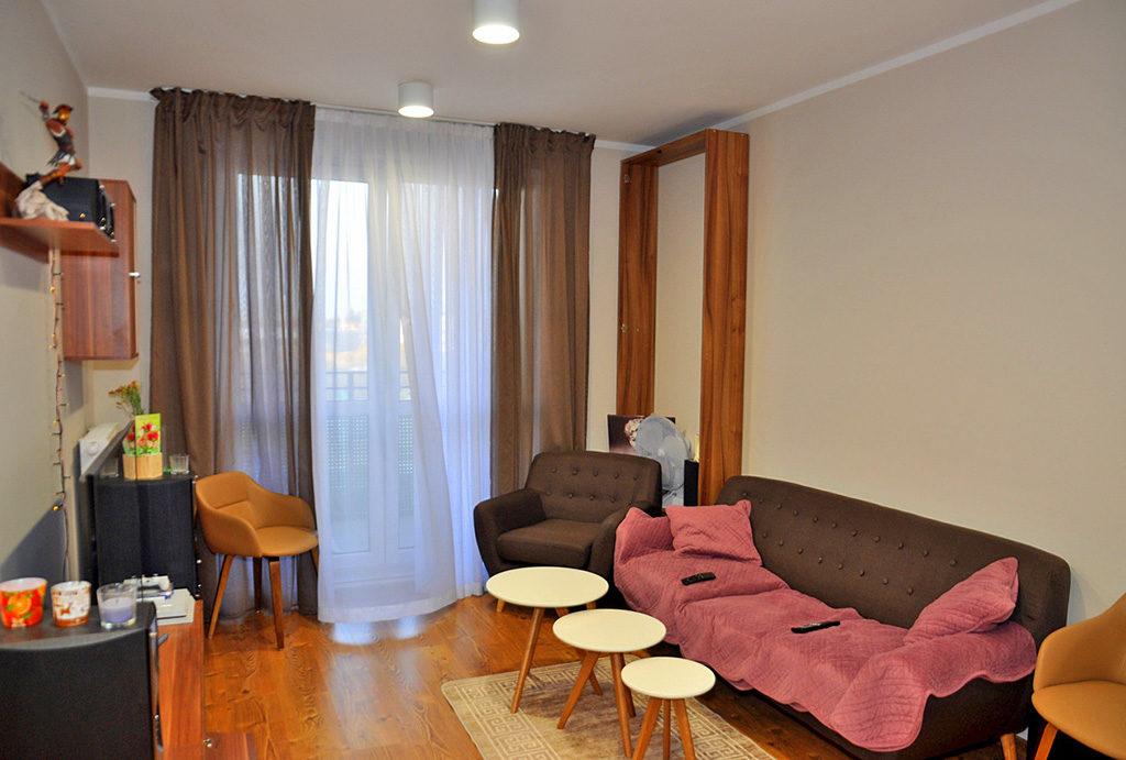 prestiżowy salon w mieszkaniu do sprzedaży Wrocław (okolice)