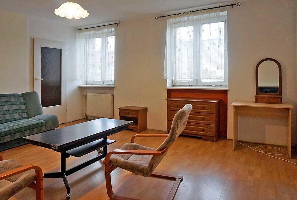 prestiżowy salon w mieszkaniu na sprzedaż Wrocław
