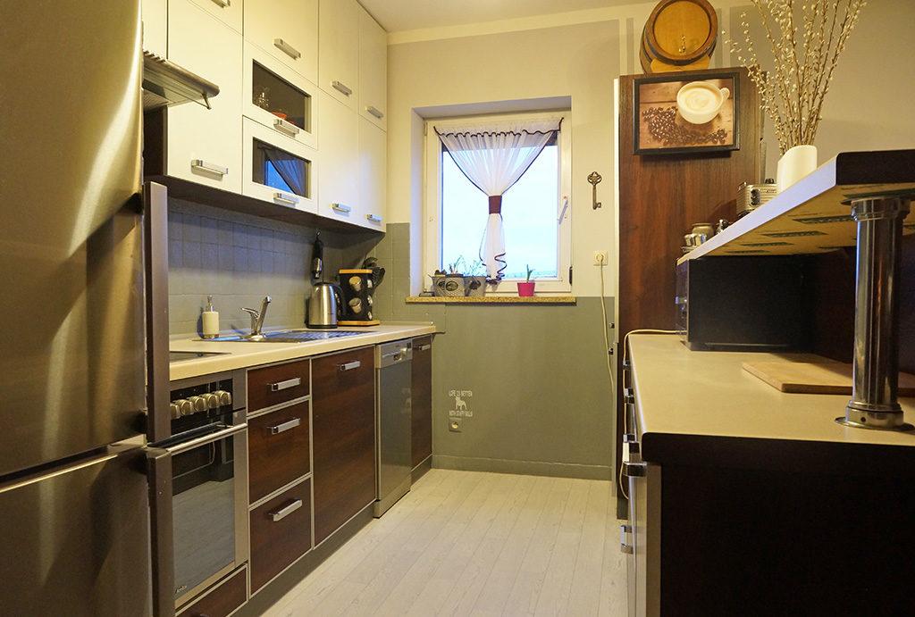 funkcjonalnie zabudowana kuchnia w mieszkaniu do sprzedaży Wrocław Fabryczna