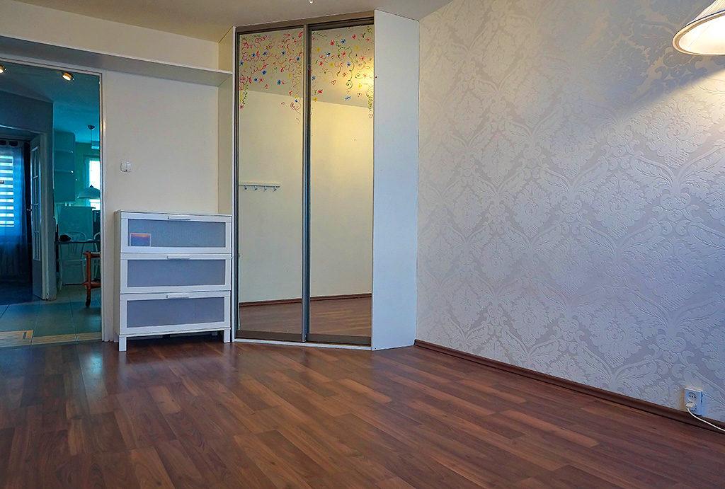 widok na sypialnię w mieszkaniu na sprzedaż Wrocław Fabryczna