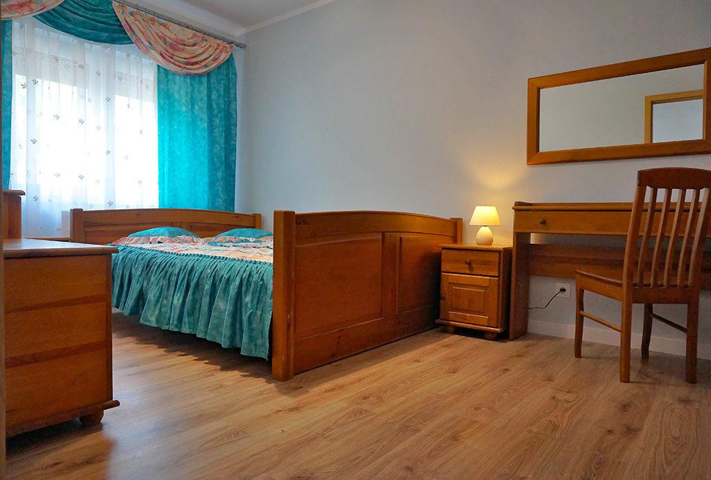 prywatna, zaciszna sypialnia w mieszkaniu na wynajem Wrocław Fabryczna