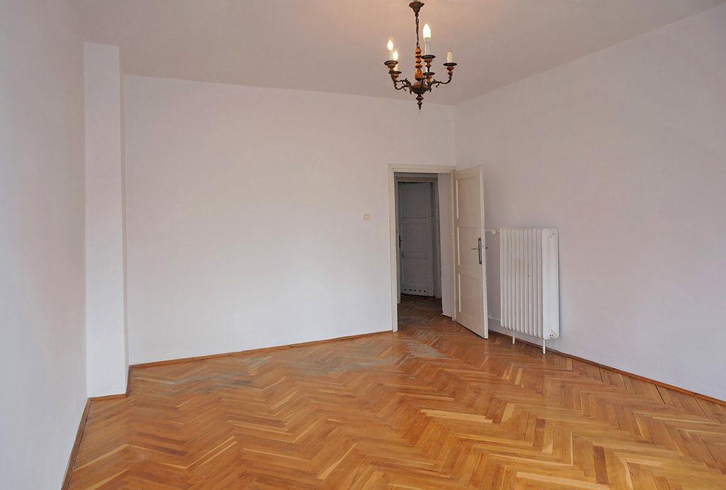 jeden z przestronnych pokoi w mieszkaniu na sprzedaż Wrocław Krzyki