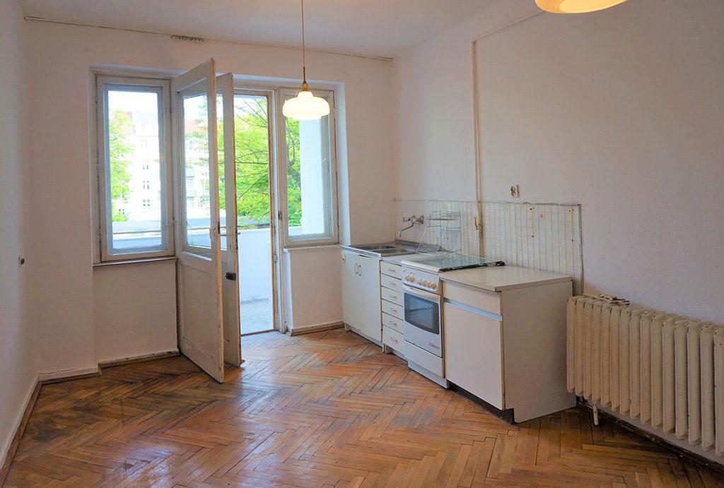 salon z aneksem kuchennym w mieszkaniu na sprzedaż Wrocław Krzyki