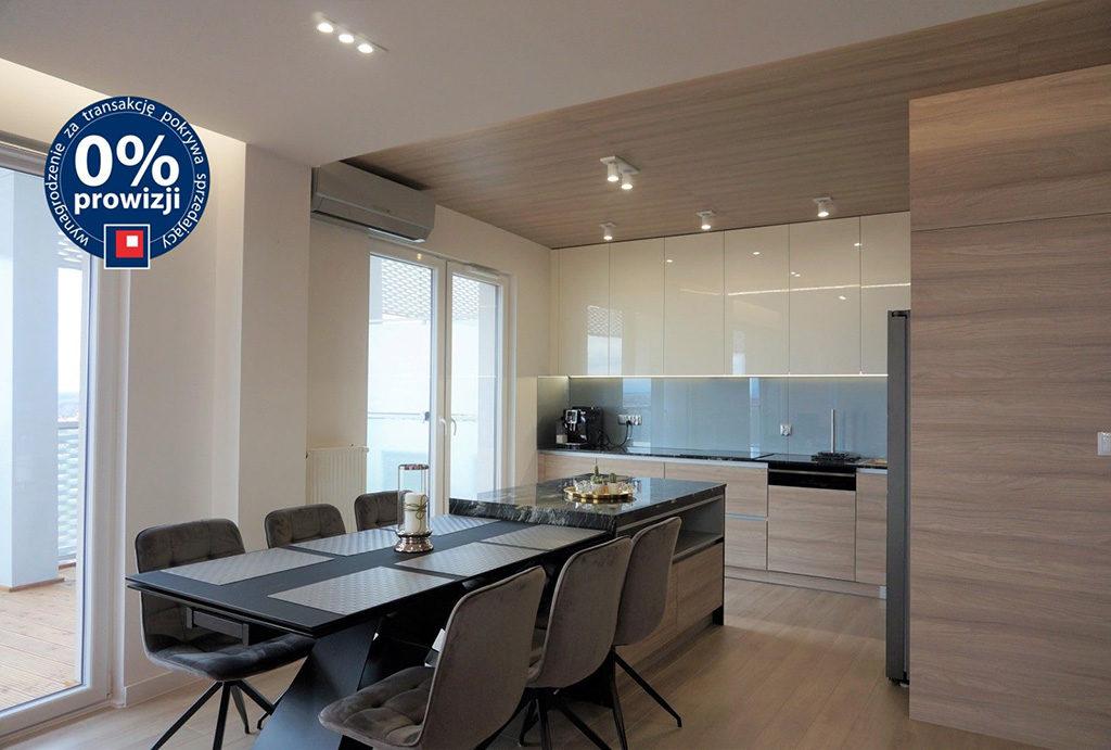 zabudowana funkcjonalnie kuchnia w mieszkaniu do sprzedaży Wrocław Stare Miasto